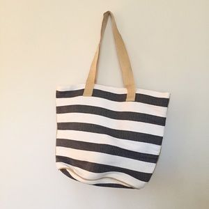 Striped tote never used